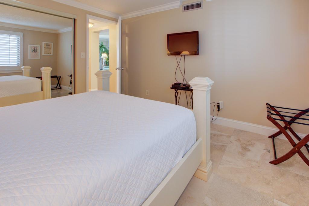 Emerald Towers 1304 Condo rental in Emerald Towers in Destin Florida - #15