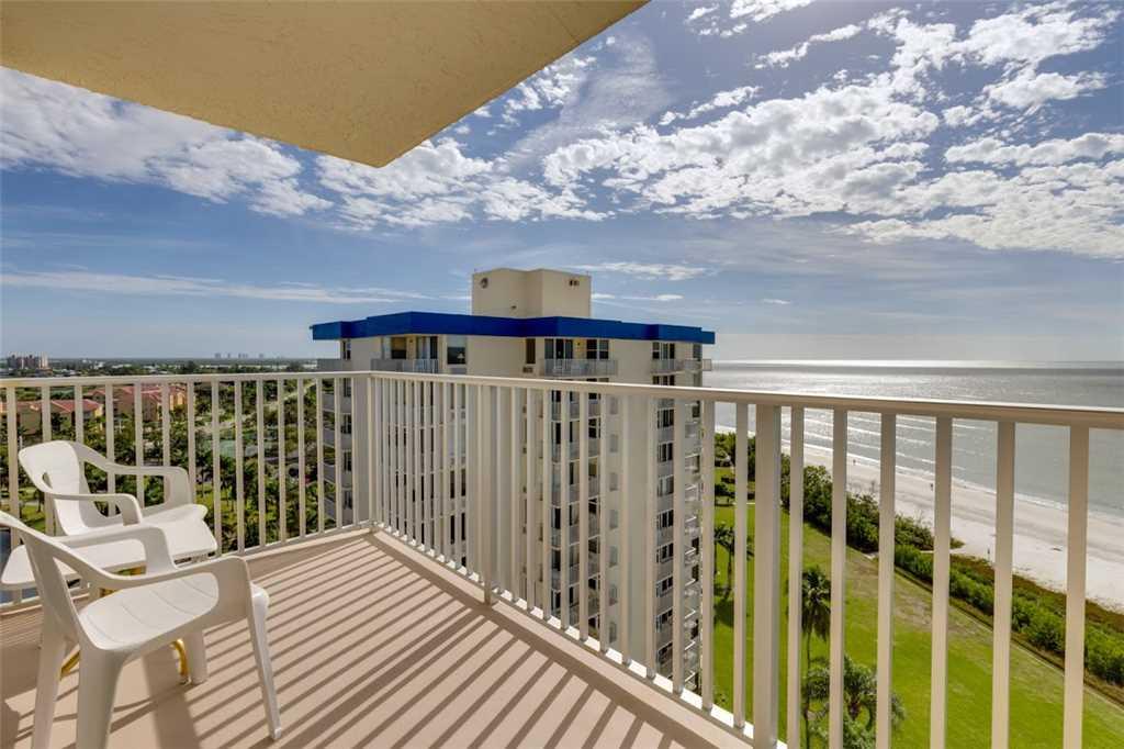 Estero Beach & Tennis 1204A 1 Bedroom Elevator Heated Pool Sleeps 4 Condo rental in Estero Beach and Tennis Club in Fort Myers Beach Florida - #1
