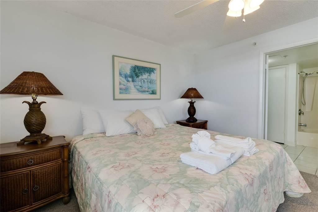Estero Beach & Tennis 1204A 1 Bedroom Elevator Heated Pool Sleeps 4 Condo rental in Estero Beach and Tennis Club in Fort Myers Beach Florida - #8
