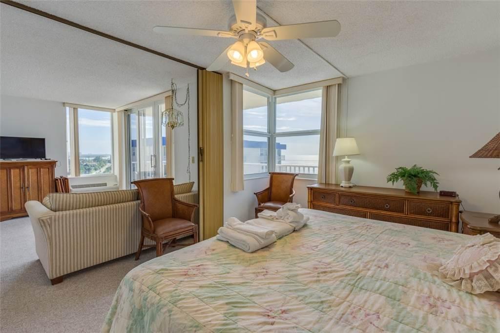 Estero Beach & Tennis 1204A 1 Bedroom Elevator Heated Pool Sleeps 4 Condo rental in Estero Beach and Tennis Club in Fort Myers Beach Florida - #9