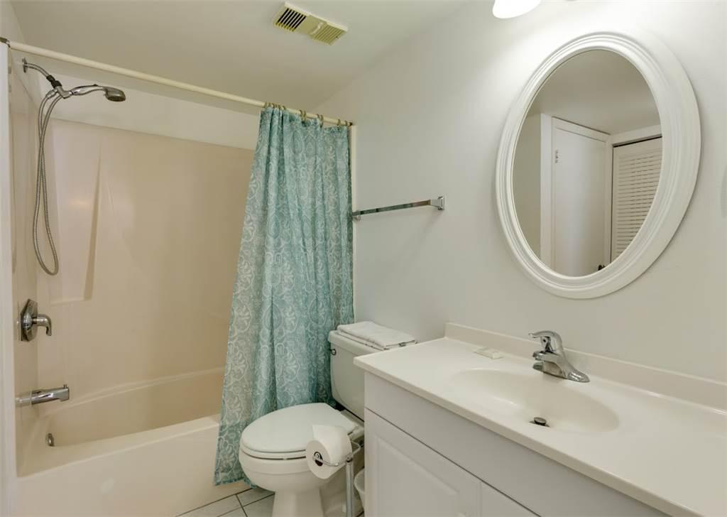 Estero Beach & Tennis 1204A 1 Bedroom Elevator Heated Pool Sleeps 4 Condo rental in Estero Beach and Tennis Club in Fort Myers Beach Florida - #10