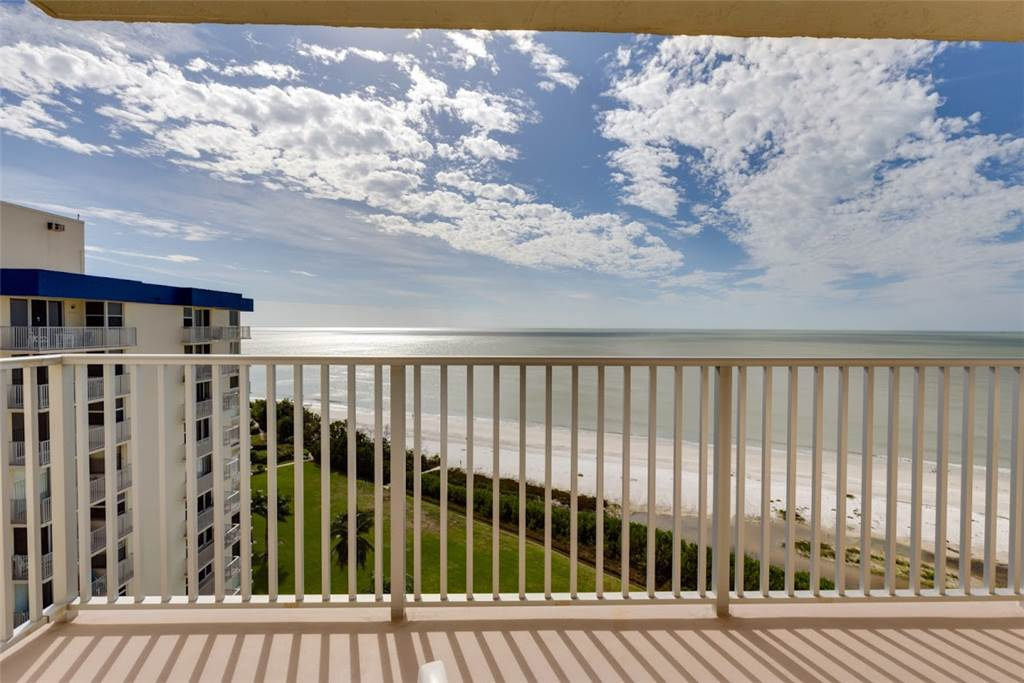 Estero Beach & Tennis 1204A 1 Bedroom Elevator Heated Pool Sleeps 4 Condo rental in Estero Beach and Tennis Club in Fort Myers Beach Florida - #12