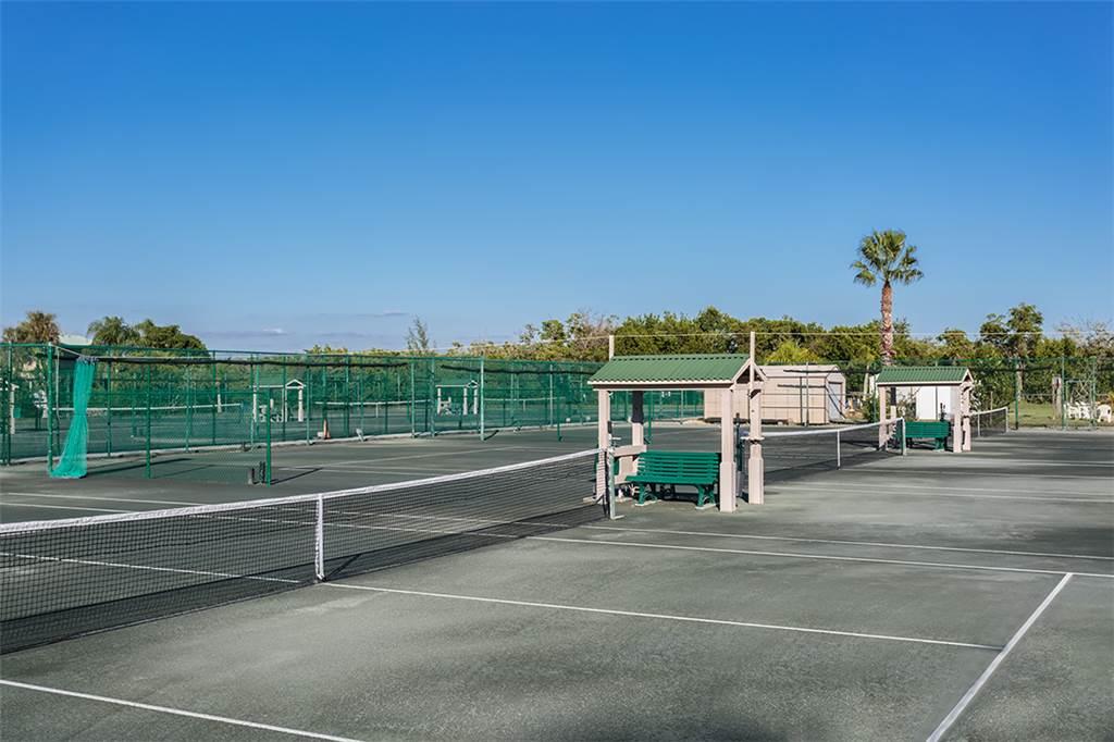 Estero Beach & Tennis 1204A 1 Bedroom Elevator Heated Pool Sleeps 4 Condo rental in Estero Beach and Tennis Club in Fort Myers Beach Florida - #17