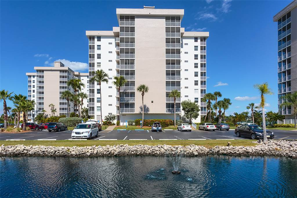 Estero Beach & Tennis 1204A 1 Bedroom Elevator Heated Pool Sleeps 4 Condo rental in Estero Beach and Tennis Club in Fort Myers Beach Florida - #23