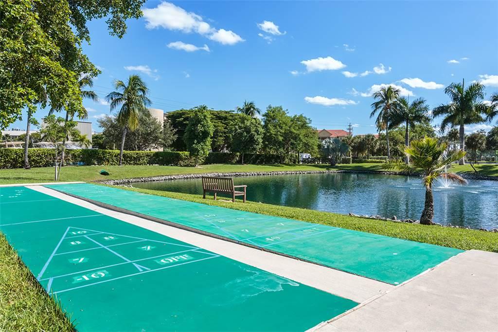 Estero Beach & Tennis 1204A 1 Bedroom Elevator Heated Pool Sleeps 4 Condo rental in Estero Beach and Tennis Club in Fort Myers Beach Florida - #31