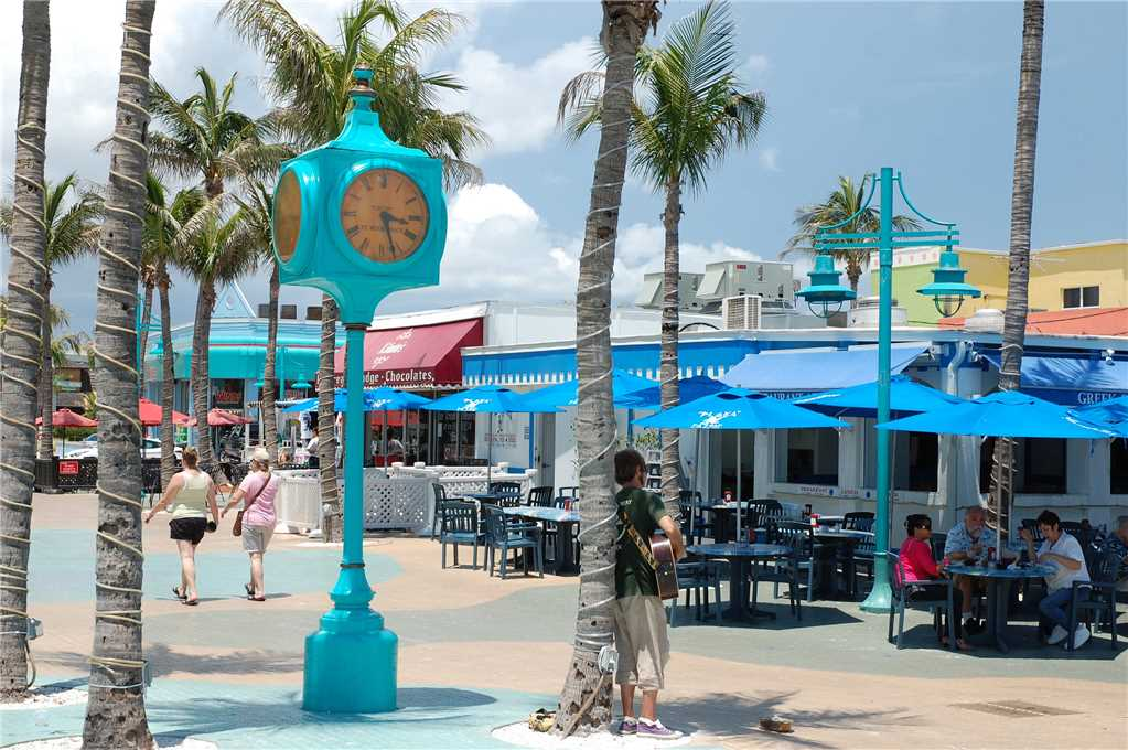 Estero Beach & Tennis 803C 1 Bedroom Elevator Heated Pool Sleeps 4 Condo rental in Estero Beach and Tennis Club in Fort Myers Beach Florida - #37