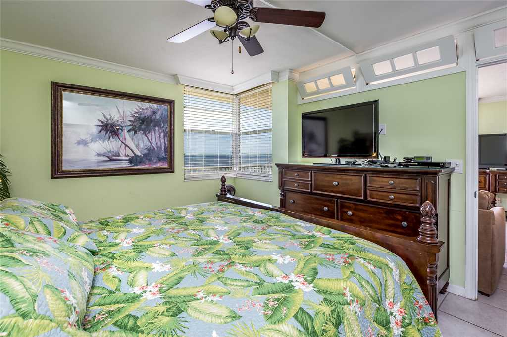 Estero Beach & Tennis 805A1 Bedroom Elevator Heated Pool Sleeps 4 Condo rental in Estero Beach and Tennis Club in Fort Myers Beach Florida - #14