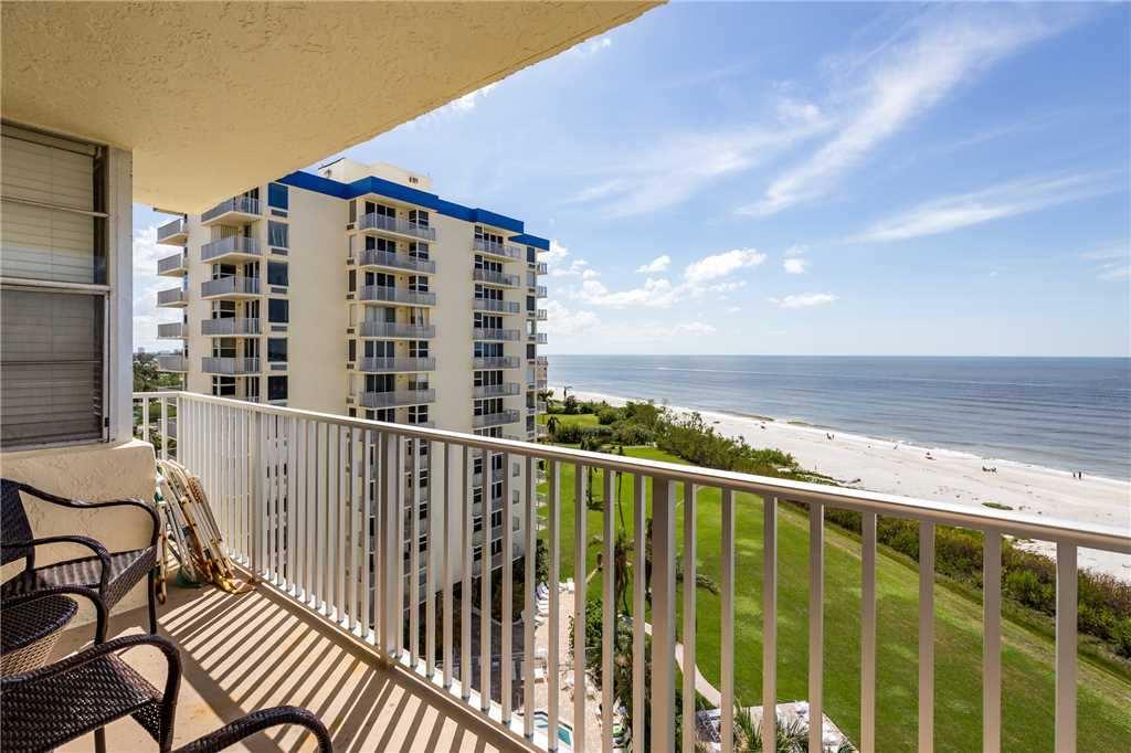 Estero Beach & Tennis 805A1 Bedroom Elevator Heated Pool Sleeps 4 Condo rental in Estero Beach and Tennis Club in Fort Myers Beach Florida - #17
