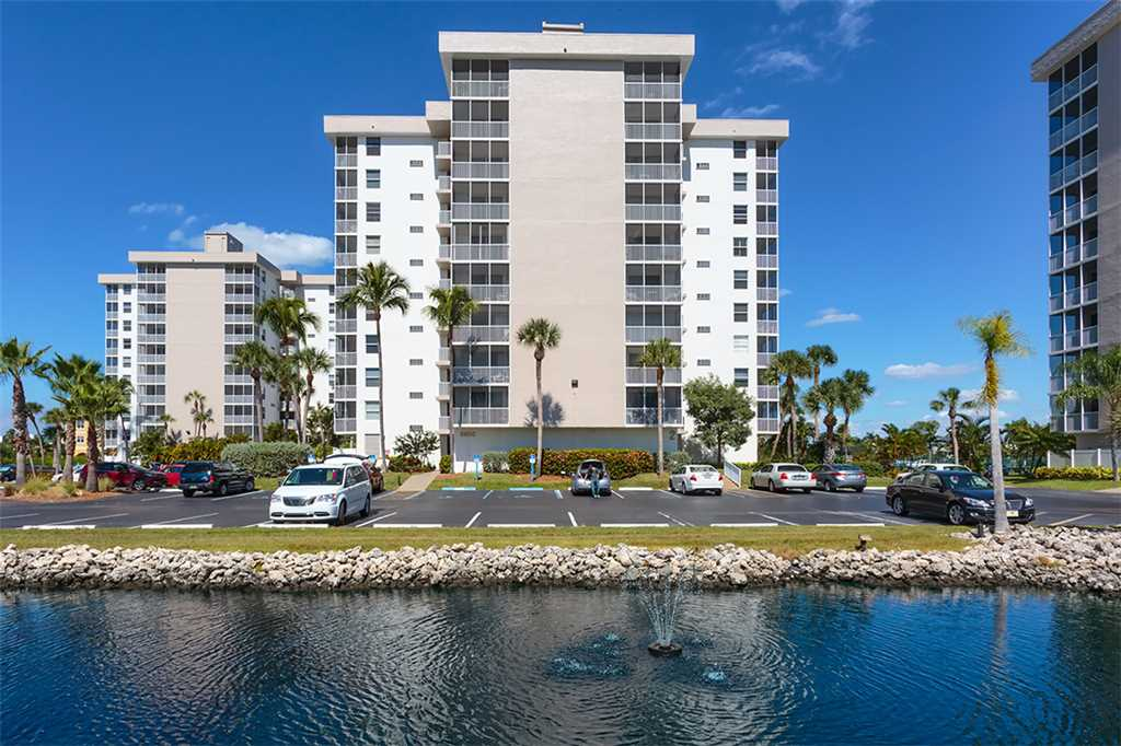 Estero Beach & Tennis 805A1 Bedroom Elevator Heated Pool Sleeps 4 Condo rental in Estero Beach and Tennis Club in Fort Myers Beach Florida - #29