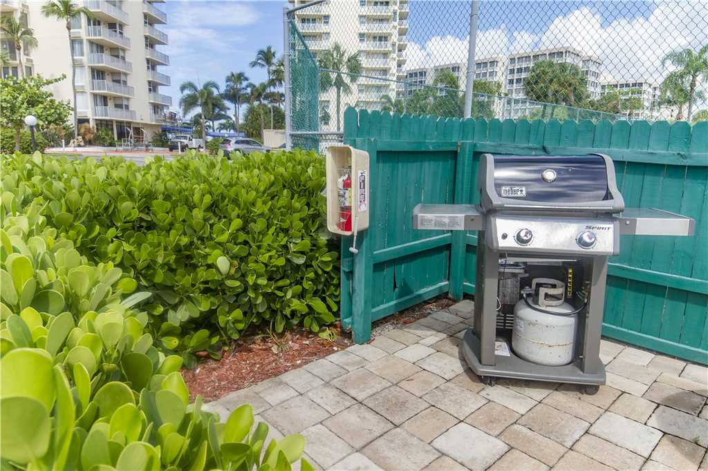 Estero Beach & Tennis 805A1 Bedroom Elevator Heated Pool Sleeps 4 Condo rental in Estero Beach and Tennis Club in Fort Myers Beach Florida - #31