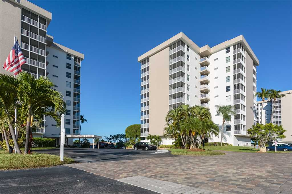 Estero Beach & Tennis 805A1 Bedroom Elevator Heated Pool Sleeps 4 Condo rental in Estero Beach and Tennis Club in Fort Myers Beach Florida - #34