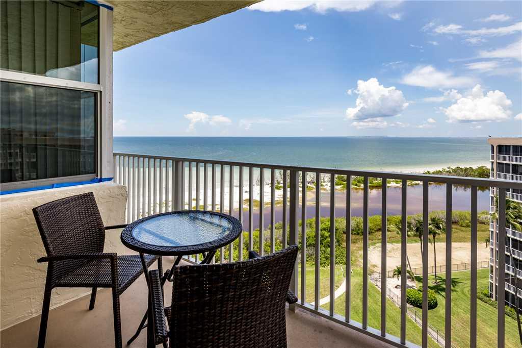 Estero Beach & Tennis 907A 1 Bedroom Elevator Heated Pool Sleeps 4 Condo rental in Estero Beach and Tennis Club in Fort Myers Beach Florida - #1