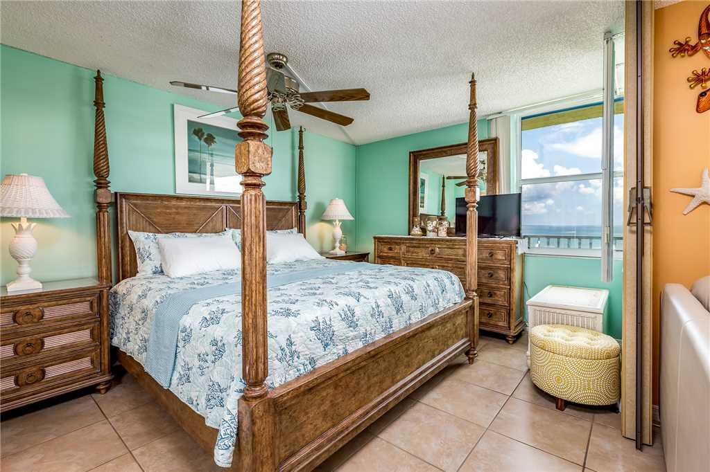 Estero Beach & Tennis 907A 1 Bedroom Elevator Heated Pool Sleeps 4 Condo rental in Estero Beach and Tennis Club in Fort Myers Beach Florida - #10