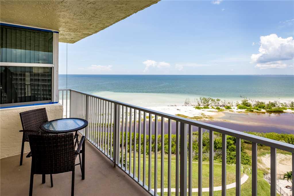Estero Beach & Tennis 907A 1 Bedroom Elevator Heated Pool Sleeps 4 Condo rental in Estero Beach and Tennis Club in Fort Myers Beach Florida - #13