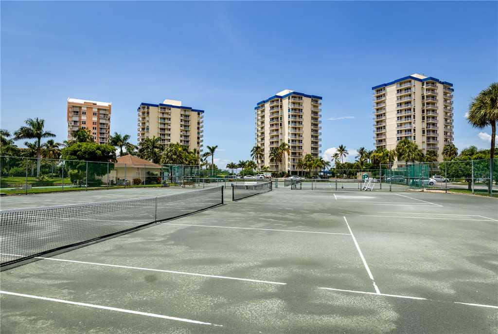 Estero Beach & Tennis 907A 1 Bedroom Elevator Heated Pool Sleeps 4 Condo rental in Estero Beach and Tennis Club in Fort Myers Beach Florida - #15