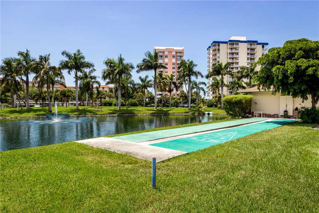 Estero Beach & Tennis 907A 1 Bedroom Elevator Heated Pool Sleeps 4 Condo rental in Estero Beach and Tennis Club in Fort Myers Beach Florida - #16