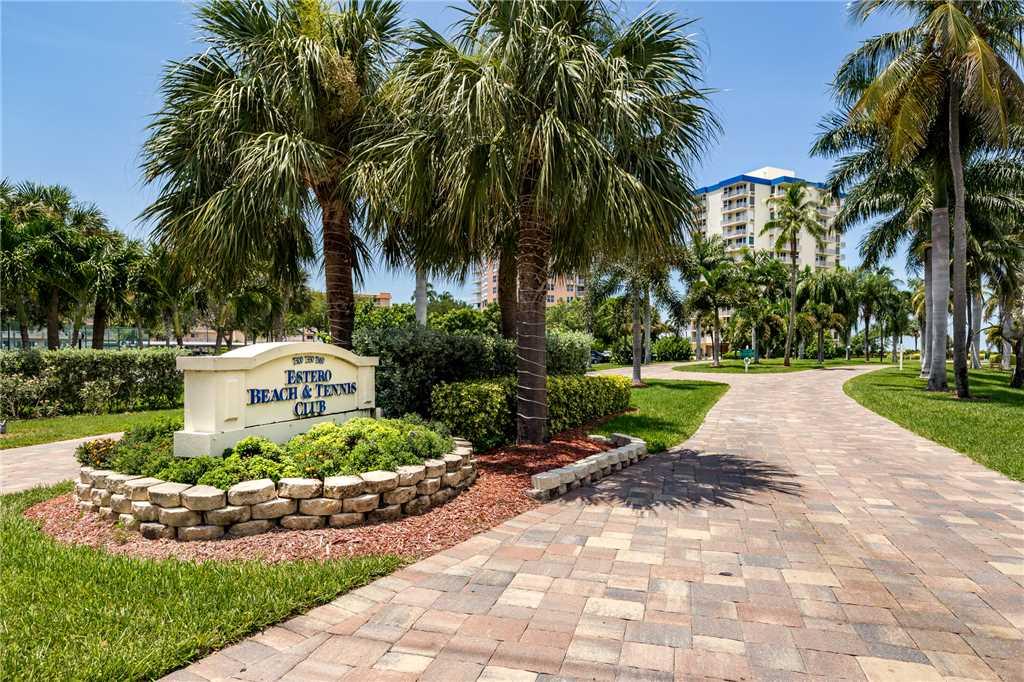 Estero Beach & Tennis 907A 1 Bedroom Elevator Heated Pool Sleeps 4 Condo rental in Estero Beach and Tennis Club in Fort Myers Beach Florida - #17