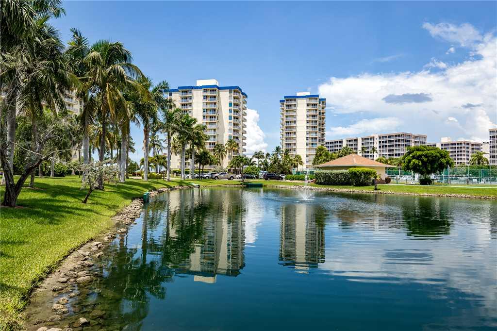 Estero Beach & Tennis 907A 1 Bedroom Elevator Heated Pool Sleeps 4 Condo rental in Estero Beach and Tennis Club in Fort Myers Beach Florida - #19