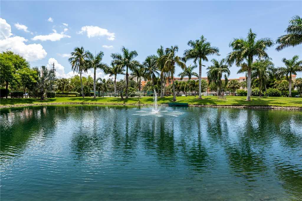 Estero Beach & Tennis 907A 1 Bedroom Elevator Heated Pool Sleeps 4 Condo rental in Estero Beach and Tennis Club in Fort Myers Beach Florida - #20