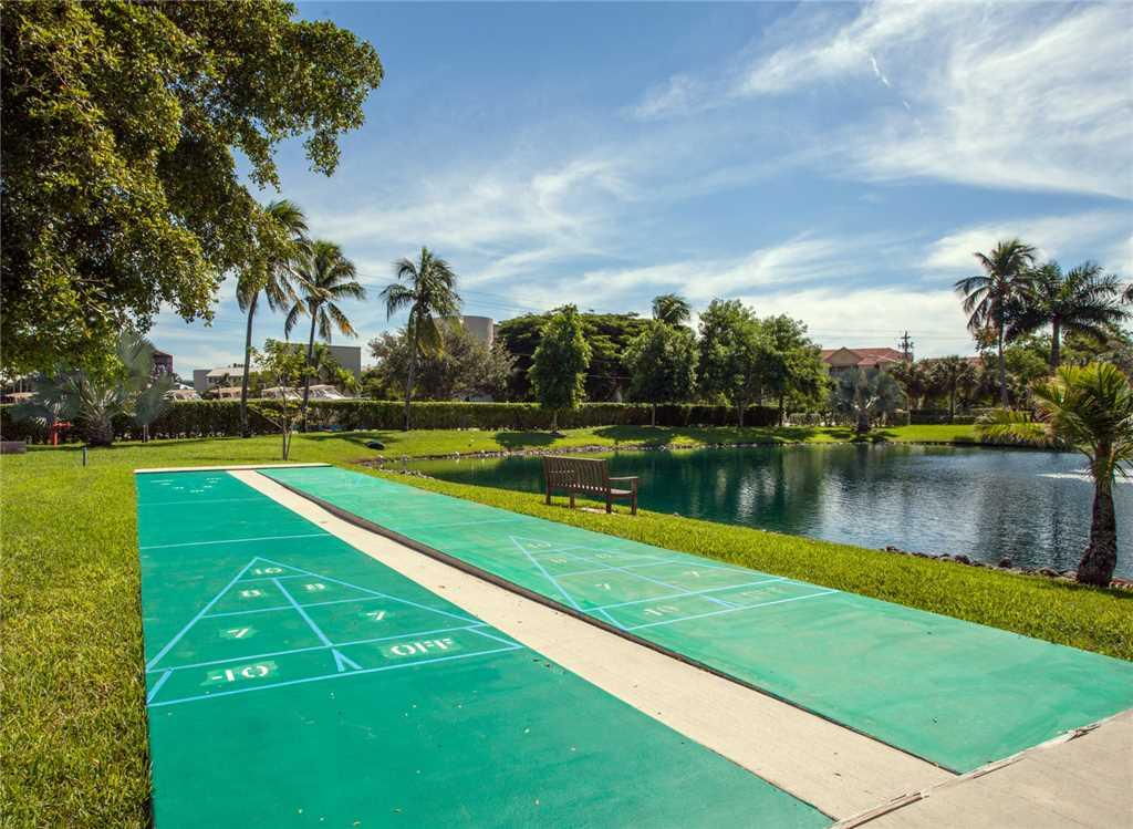 Estero Beach and Tennis 705C 1 Bedroom Bay View Pool Elevator Sleeps 4 Condo rental in Estero Beach and Tennis Club in Fort Myers Beach Florida - #18