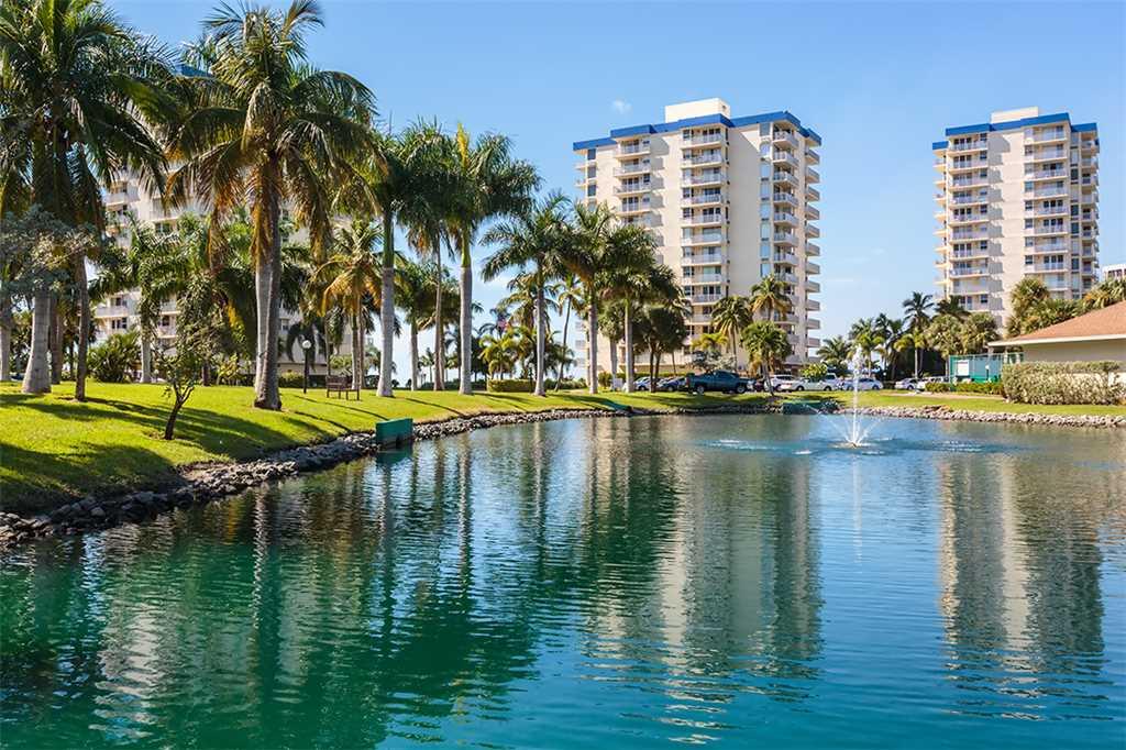 Estero Beach and Tennis 705C 1 Bedroom Bay View Pool Elevator Sleeps 4 Condo rental in Estero Beach and Tennis Club in Fort Myers Beach Florida - #23