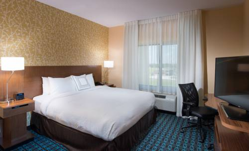Fairfield Inn & Suites by Marriott Panama City Beach in Panama City Beach FL 39