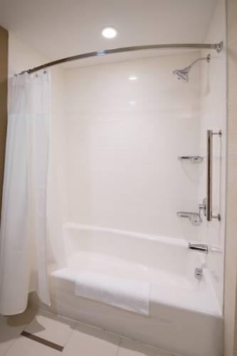 Fairfield Inn & Suites By Marriott Panama City Beach in Panama City Beach FL 93
