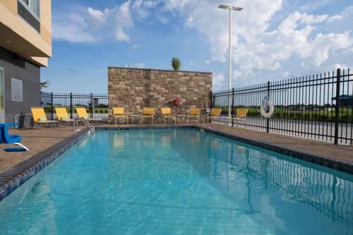 Fairfield Inn & Suites By Marriott Panama City Beach in Panama City Beach FL 96