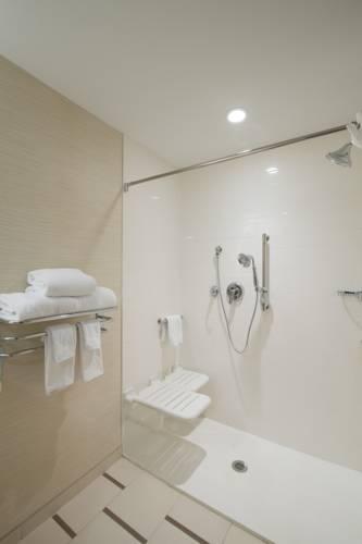 Fairfield Inn & Suites By Marriott Panama City Beach in Panama City Beach FL 05