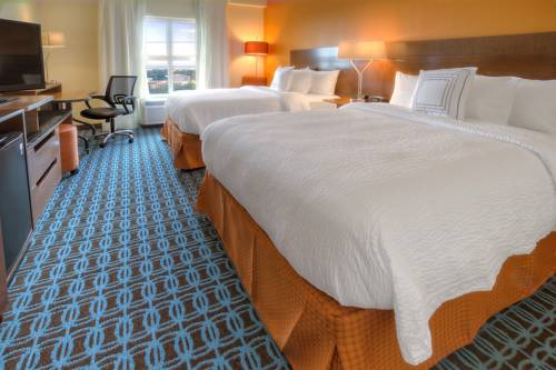 Fairfield Inn & Suites Destin in Destin FL 79