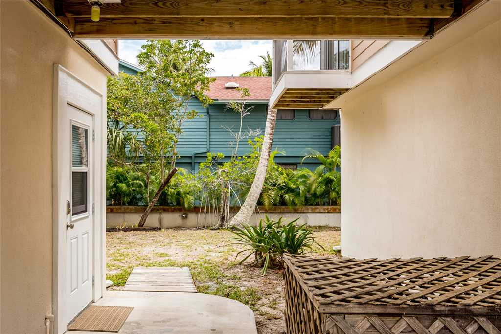 Anchors Away A 1 Bedroom Ground Floor Bay Views House / Cottage rental in Fort Myers Beach House Rentals in Fort Myers Beach Florida - #1