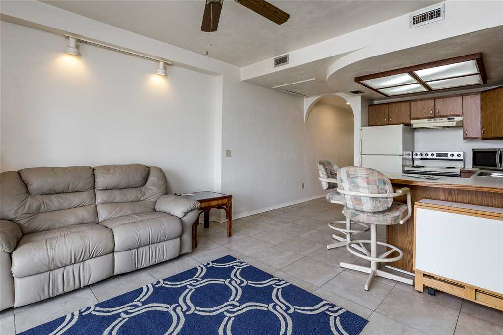 Anchors Away A 1 Bedroom Ground Floor Bay Views House / Cottage rental in Fort Myers Beach House Rentals in Fort Myers Beach Florida - #5