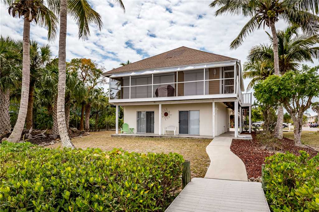 Anchors Away A 1 Bedroom Ground Floor Bay Views House / Cottage rental in Fort Myers Beach House Rentals in Fort Myers Beach Florida - #16