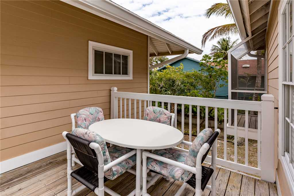 Anchors Away B 1 Bedroom Upper Level Bay Views House / Cottage rental in Fort Myers Beach House Rentals in Fort Myers Beach Florida - #14