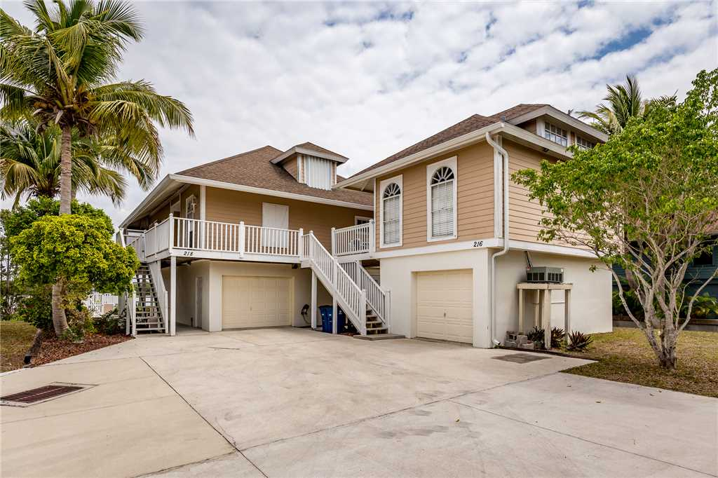 Anchors Away B 1 Bedroom Upper Level Bay Views House / Cottage rental in Fort Myers Beach House Rentals in Fort Myers Beach Florida - #20