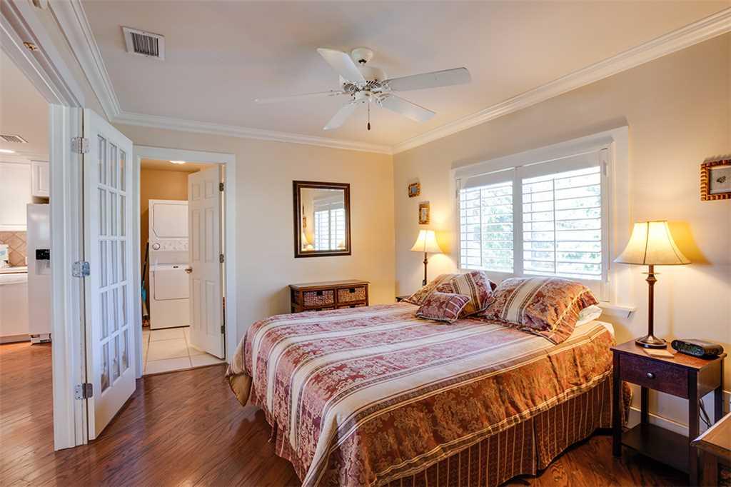 Beach Hideaway 3 bedrooms 2 Blocks from Beach WiFi Sleeps 8 House/Cottage rental in Fort Myers Beach House Rentals in Fort Myers Beach Florida - #9