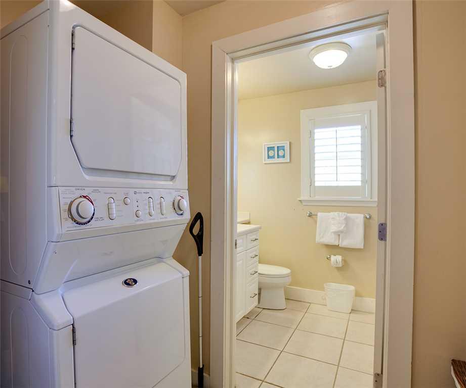 Beach Hideaway 3 bedrooms 2 Blocks from Beach WiFi Sleeps 8 House/Cottage rental in Fort Myers Beach House Rentals in Fort Myers Beach Florida - #11