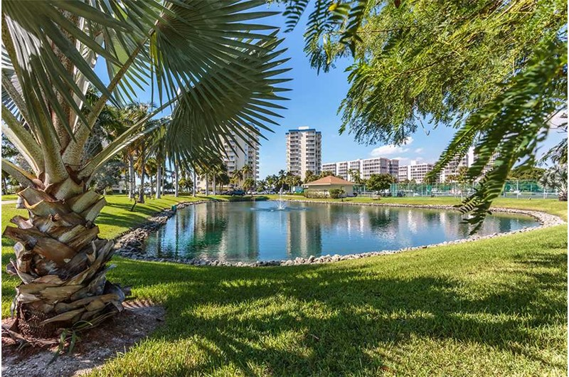Gorgeous grounds at Estero Beach and Tennis Club in Fort Myers Beach FL