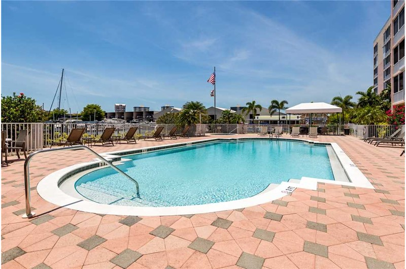 Plenty of room around the pool at Palm Harbor in Fort Myers Beach FL