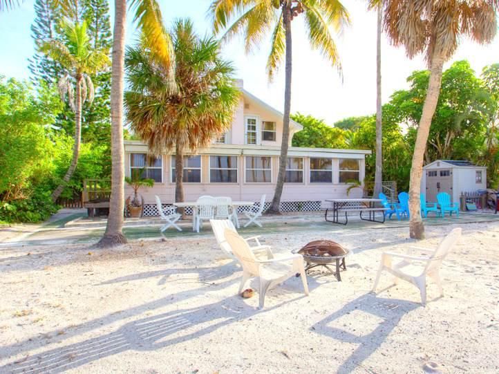 Beachfront Dunes 3 Bedrooms plus Den Gulf Front Pet Friendly Sleeps 8 House/Cottage rental in Fort Myers Beach House Rentals in Fort Myers Beach Florida - #1