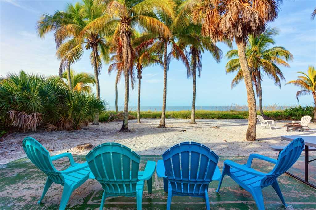 Beachfront Dunes 3 Bedrooms plus Den Gulf Front Pet Friendly Sleeps 8 House/Cottage rental in Fort Myers Beach House Rentals in Fort Myers Beach Florida - #2