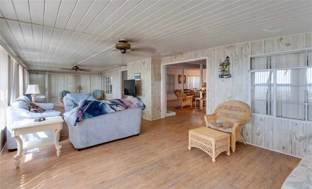 Beachfront Dunes 3 Bedrooms plus Den Gulf Front Pet Friendly Sleeps 8 House/Cottage rental in Fort Myers Beach House Rentals in Fort Myers Beach Florida - #4