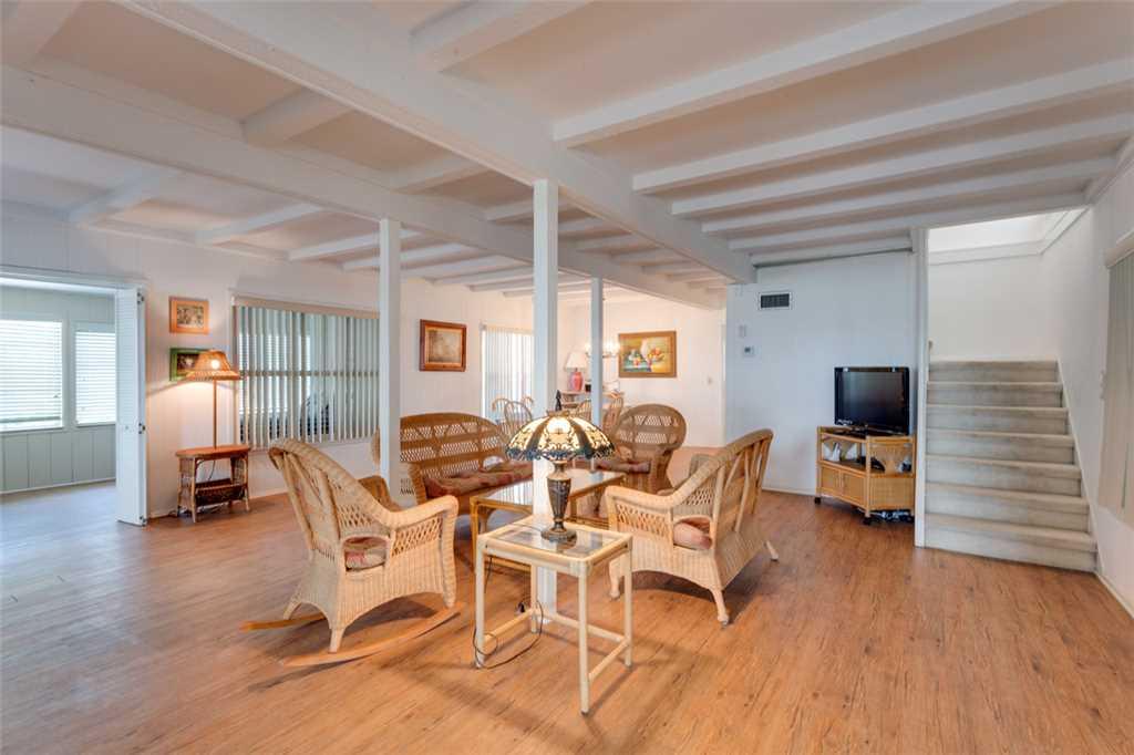 Beachfront Dunes 3 Bedrooms plus Den Gulf Front Pet Friendly Sleeps 8 House/Cottage rental in Fort Myers Beach House Rentals in Fort Myers Beach Florida - #6