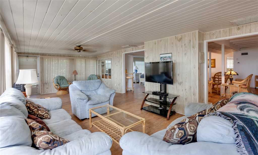Beachfront Dunes 3 Bedrooms plus Den Gulf Front Pet Friendly Sleeps 8 House/Cottage rental in Fort Myers Beach House Rentals in Fort Myers Beach Florida - #8