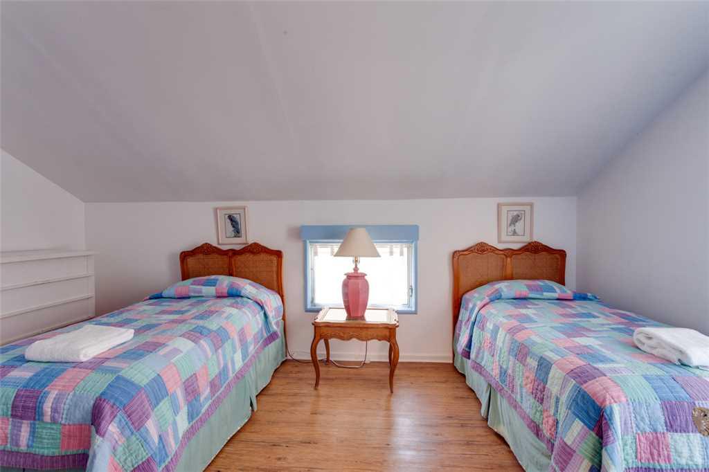 Beachfront Dunes 3 Bedrooms plus Den Gulf Front Pet Friendly Sleeps 8 House/Cottage rental in Fort Myers Beach House Rentals in Fort Myers Beach Florida - #14
