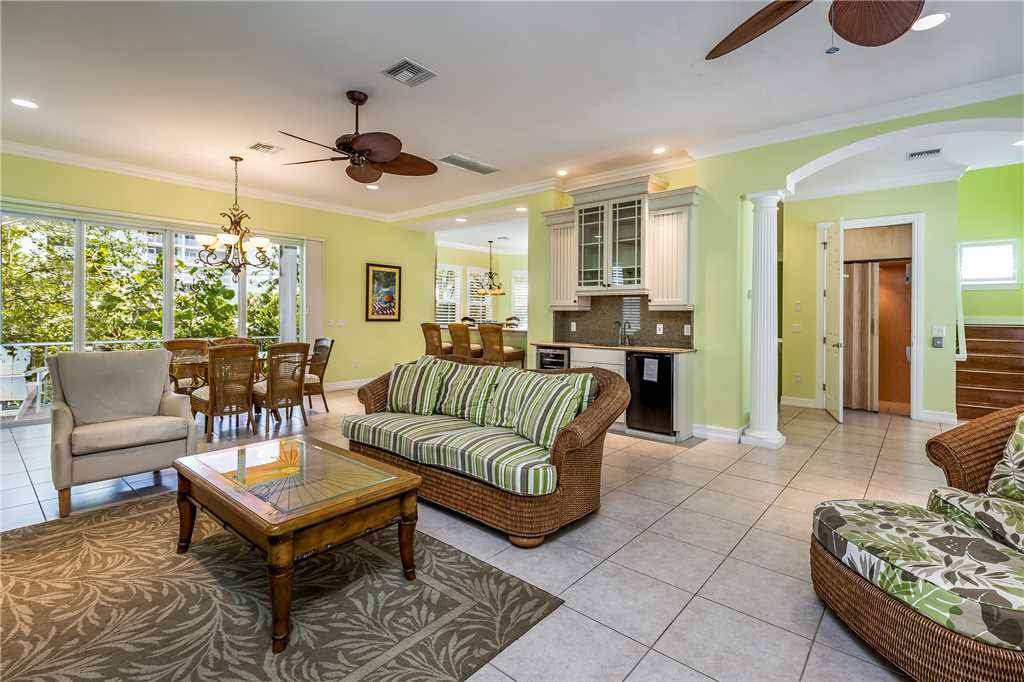 Delmar Dolphin 3 Bedrooms Bay Front Pool Elevator WiFi Sleeps 6 House/Cottage rental in Fort Myers Beach House Rentals in Fort Myers Beach Florida - #5