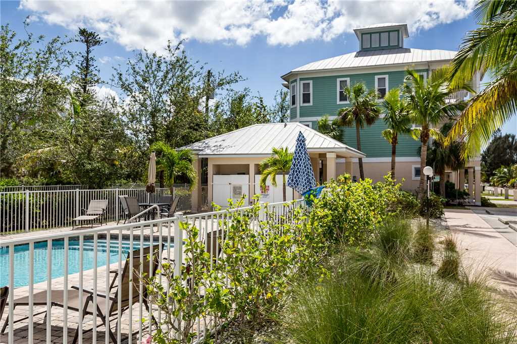 Delmar Dolphin 3 Bedrooms Bay Front Pool Elevator WiFi Sleeps 6 House/Cottage rental in Fort Myers Beach House Rentals in Fort Myers Beach Florida - #31