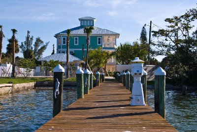 Delmar Dolphin 3 Bedrooms Bay Front Pool Elevator WiFi Sleeps 6 House/Cottage rental in Fort Myers Beach House Rentals in Fort Myers Beach Florida - #40