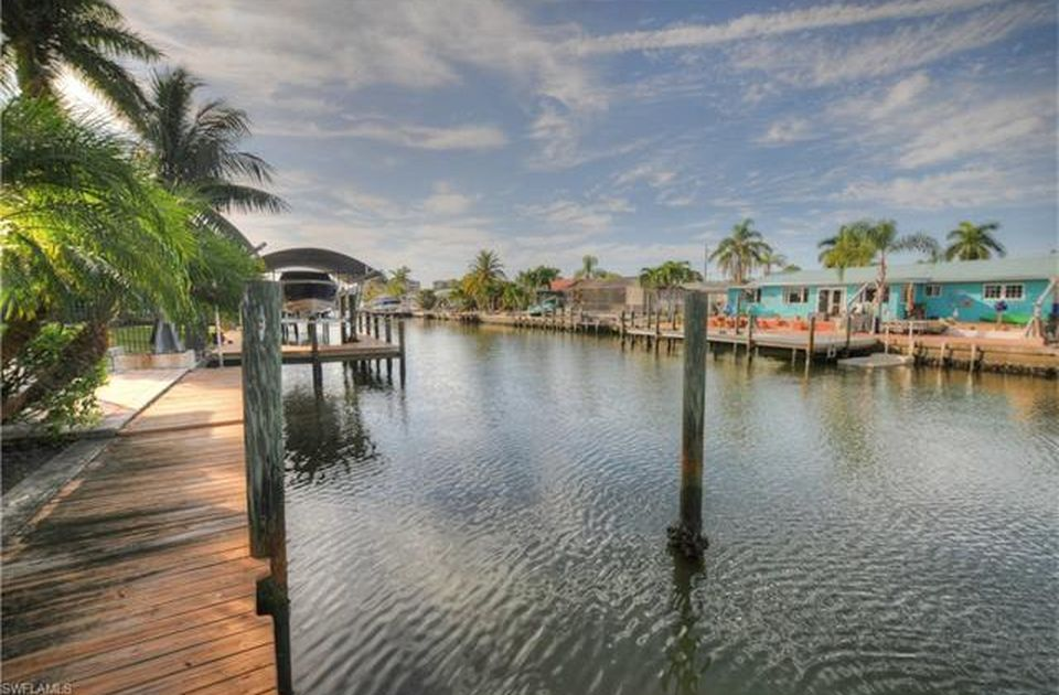 Flamingo Hideaway 3 bedrooms Private Pool Near Beach On Canal Sleeps 6 House / Cottage rental in Fort Myers Beach House Rentals in Fort Myers Beach Florida - #4