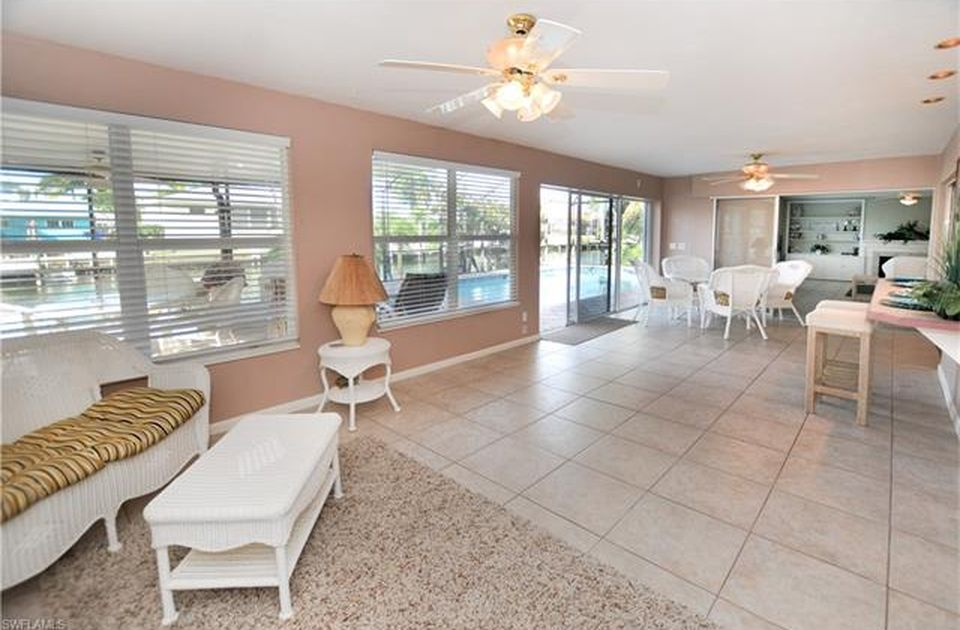 Flamingo Hideaway 3 bedrooms Private Pool Near Beach On Canal Sleeps 6 House / Cottage rental in Fort Myers Beach House Rentals in Fort Myers Beach Florida - #7